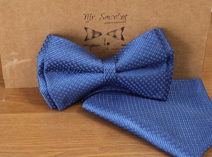 convertir una corbata en pajarita